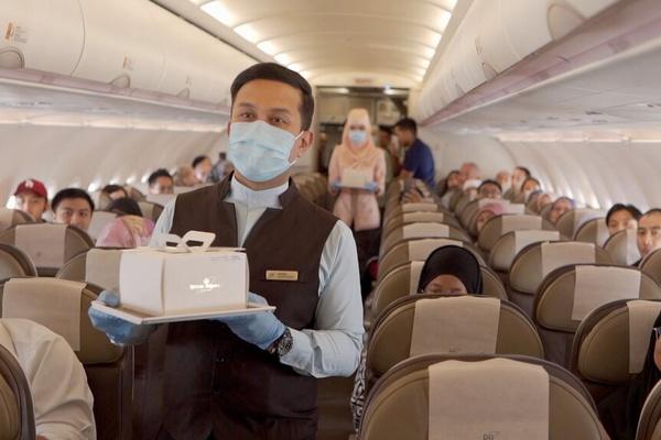 Những chuyến bay 'không điểm đến' cháy vé