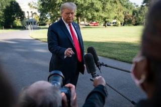 Bước ngoặt mới cho bầu cử tổng thống Mỹ