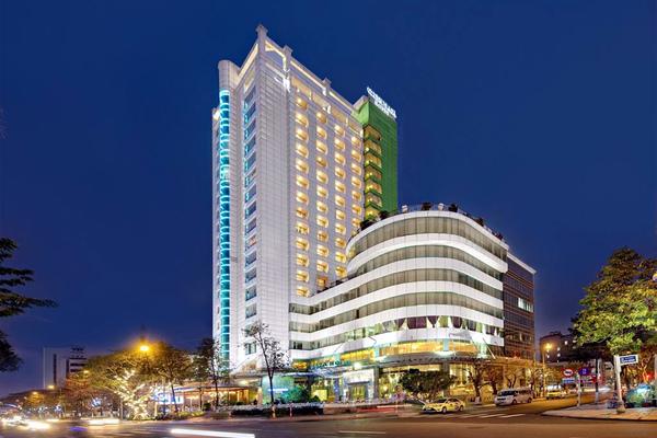 Nợ ngân hàng, hàng loạt khách sạn Đà Nẵng rao bán rẻ