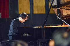 International pianist returns toVietnam to build the arts community at SMPAA