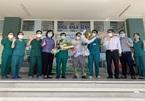 Sau 19 lần xét nghiệm, bệnh nhân Covid-19 cuối cùng của Đà Nẵng xuất viện