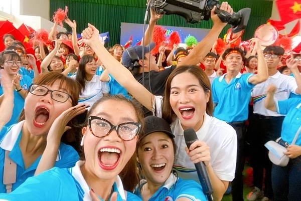MC Mai Trang dẫn đầu cầu Ninh Bình lên tiếng xung quanh ồn ào Olympia