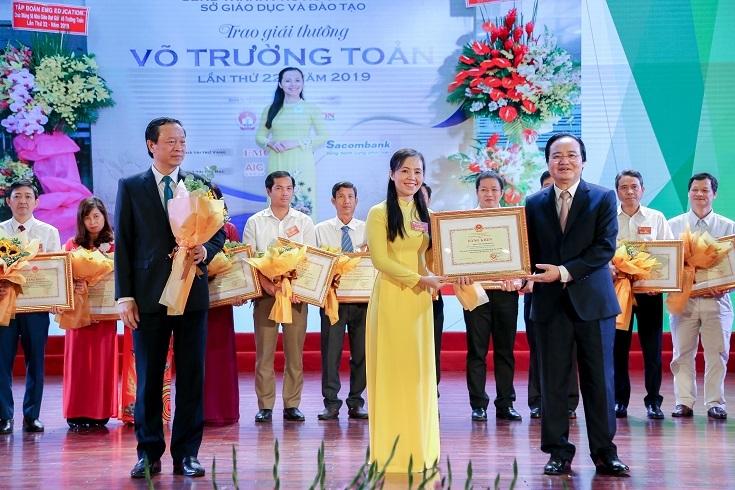 Gần 400 cá nhân, tập thể được vinh danh tại Đại hội thi đua yêu nước ngành giáo dục