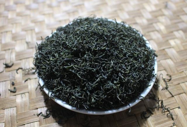 Cận Trung thu, giới nhà giàu Việt chi 5 triệu đồng mua 1 cân trà đinh