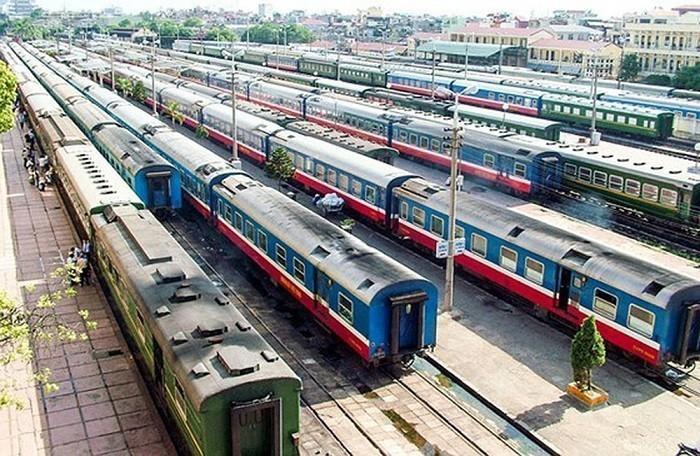 Đường sắt chạy 10 đôi tàu khách Bắc – Nam cao điểm Tết