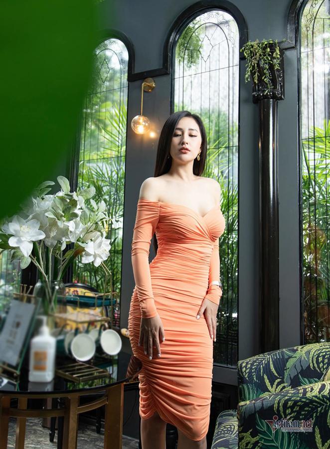 Mai Phương Thuý: 'Hoa hậu thì không được gợi cảm?'