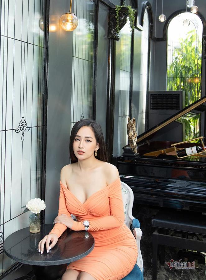mai phuong thuy khong so khan gia di nghi vi dang hinh goi cam 9 Mai Phương Thúy không sợ khán giả dị nghị vì đăng hình gợi cảm