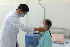 Bệnh nhân u giáp không còn nỗi ám ảnh sẹo cổ sau mổ