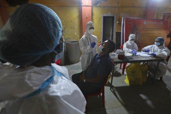 Gần 90 nghìn ca nhiễm mới, dịch Covid-19 tại Ấn Độ vẫn chưa tới đỉnh