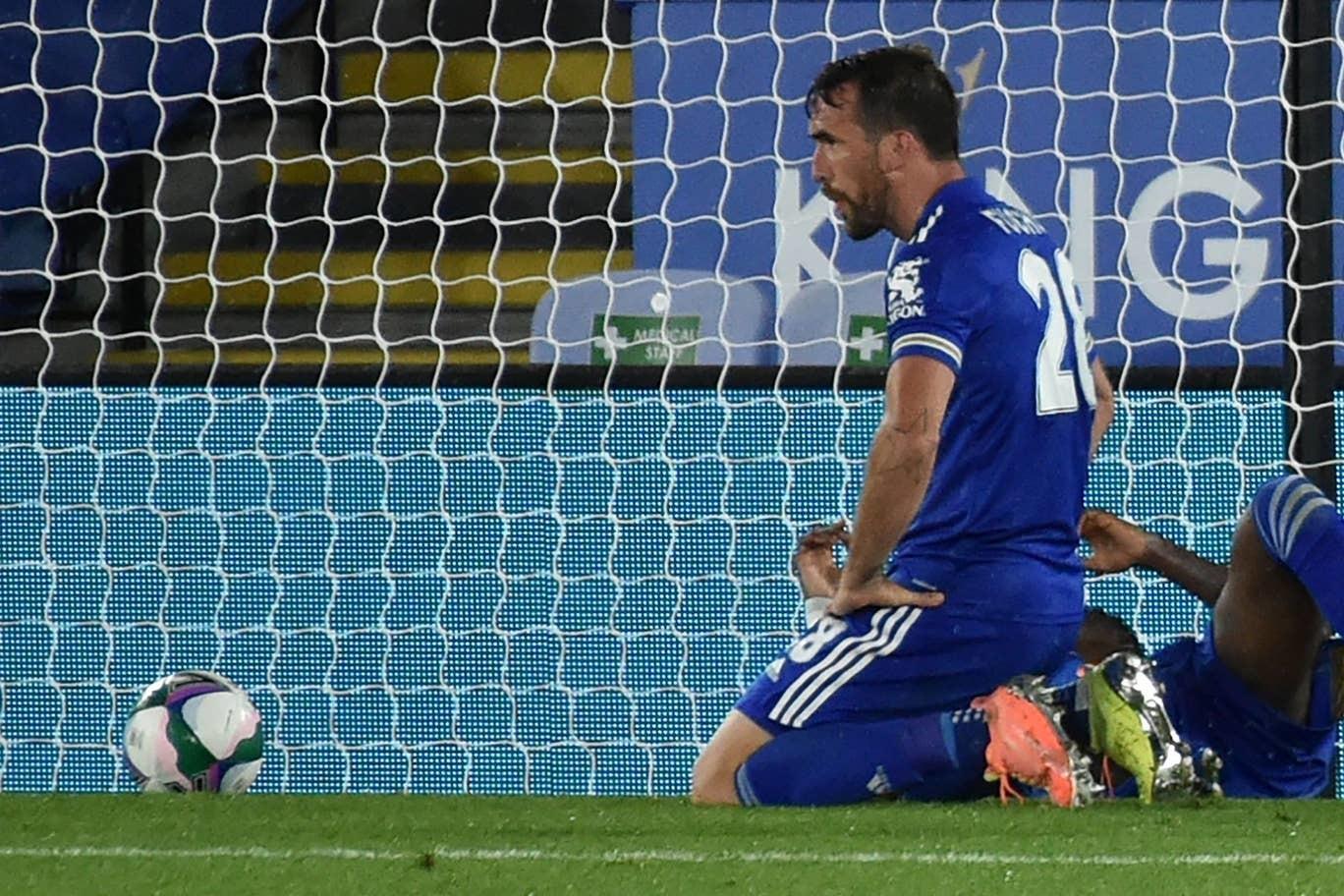Loại Leicester, Arsenal thẳng tiến cúp liên đoàn Anh