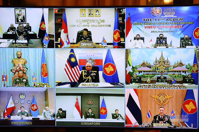 Quân đội ASEAN cam kết duy trì hòa bình, an ninh, an toàn Biển Đông