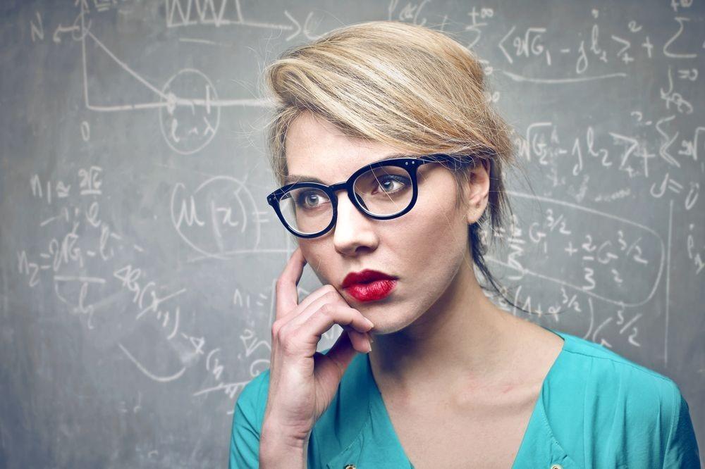 8 đặc điểm của người thông minh