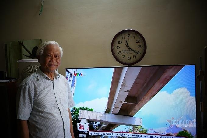Ông lão Hà Nội 14 năm nhặt rác, tái chế thành vật hữu ích
