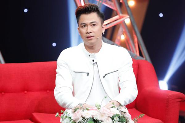 Hồ Việt Trung bán đất ở quê lấy tiền tỷ đầu tư làm phim