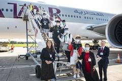 Đại học Anh thuê máy bay đưa du học sinh trở lại học tập