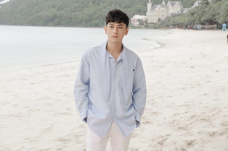 Isaac xuất hiện nóng bỏng trong MV mới của Mlee