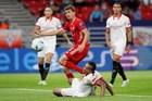 Bayern 1-1 Sevilla: VAR khiến Lewandowski mất bàn thắng (H2)