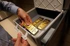 Cuộc đua vào Nhà Trắng sẽ đẩy giá vàng lên kỷ lục mới?