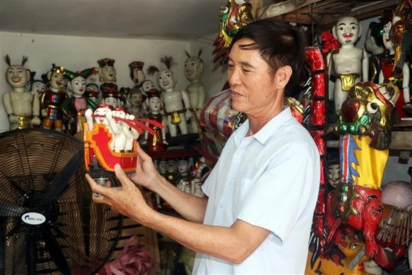 Nam Dinh preserves traditional water puppetry