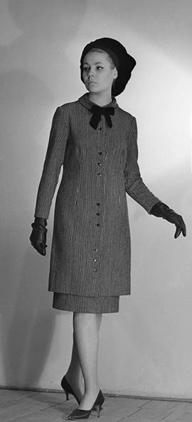 Thời trang 'ngắm hoài không chán' của phái đẹp Liên Xô
