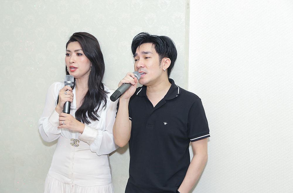 Nguyễn Hồng Nhung về nước tham gia cúng Tổ sớm cùng Quang Hà