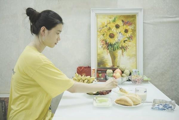 Nữ sinh 18 tuổi, cao 1m75, ăn chay trường gây chú ý ở HHVN 2020