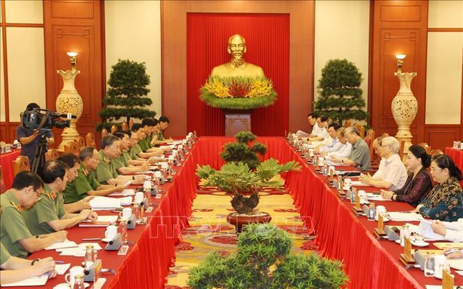 Bộ Chính trị đã cho ý kiến phương án nhân sự 67 đảng bộ trực thuộc T.Ư
