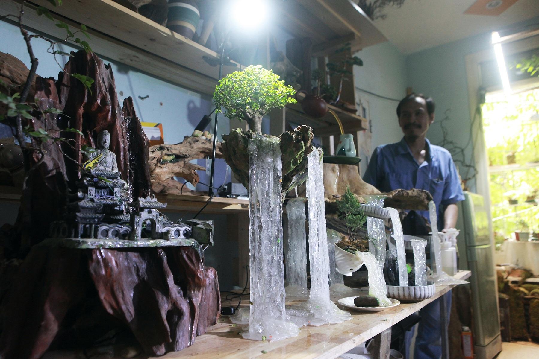 Kiếm chục triệu nhờ cành tre khô, thu 200 triệu/tháng từ vỏ cây lẫn rác