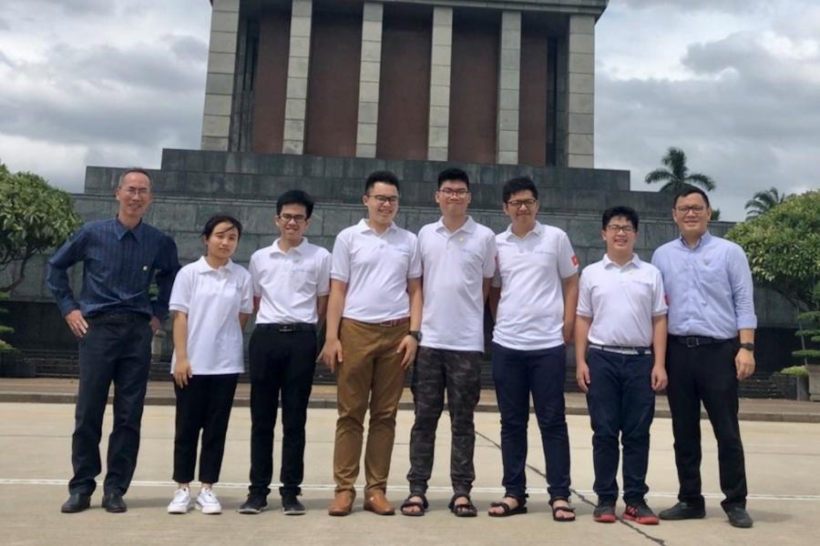 Trương Tuấn Nghĩa - Cậu học trò 'mê toán vô cùng' giành Huy chương Vàng IMO