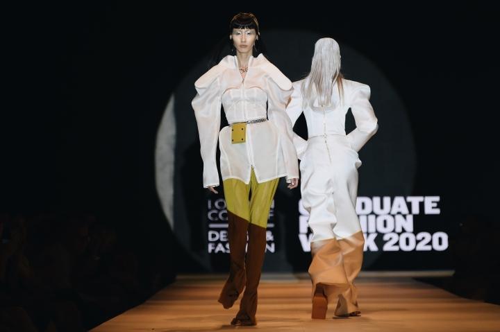Các mẫu thời trang ấn tượng của NTK Cường Đàm