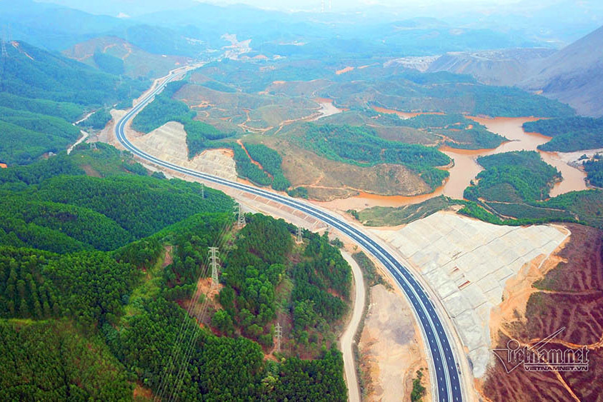 Những công trình giao thông nghìn tỷ thay đổi diện mạo Quảng Ninh