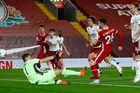 Liverpool 2-1 Arsenal: Robertson lập công chuộc tội (H2)