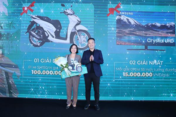 Cư dân Imperia Smart City trúng xe máy từ chủ đầu tư