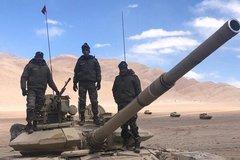 Ấn Độ điều xe tăng tới biên giới lạnh thấu xương giáp Trung Quốc