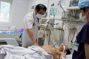Người đàn ông hôn mê vì chữa viêm gan B bằng thuốc mua trên mạng
