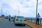 Chủ tịch Quảng Bình: Đoàn xe biển xanh dừng trên cầu để chụp ảnh quy hoạch
