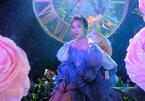 Mỹ Tâm diện 16 trang phục hát ca khúc mới của Khắc Hưng