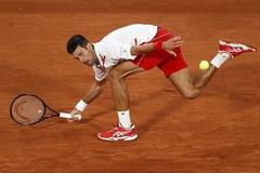 Djokovic lấy vé vòng 3 Roland Garros dễ như đi dạo