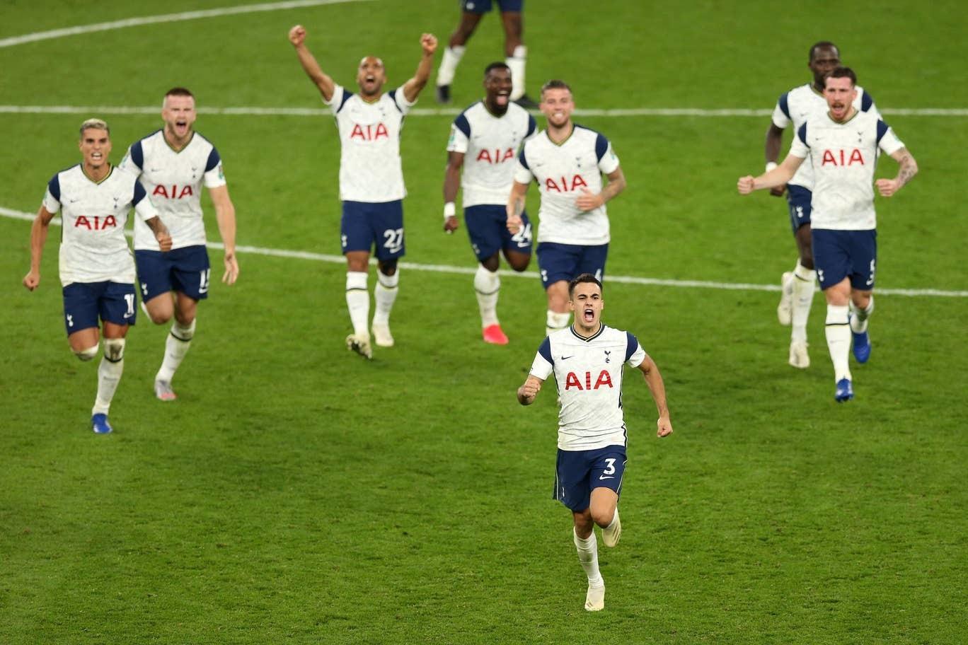 Mourinho cao tay, Tottenham đánh gục Chelsea bằng đội hình hai
