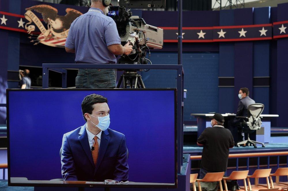 Hình ảnh khán phòng diễn ra tranh luận giữa Trump-Biden