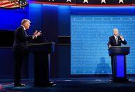 Tranh luận 'náo loạn' vì ông Trump liên tục cướp lời