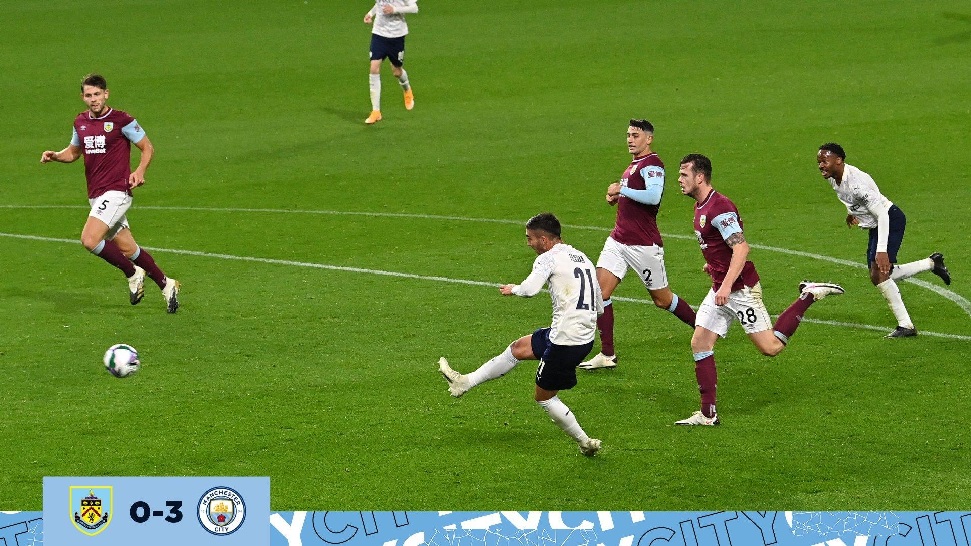 Sterling lập cú đúp, Man City thắng '3 sao' ở cúp liên đoàn