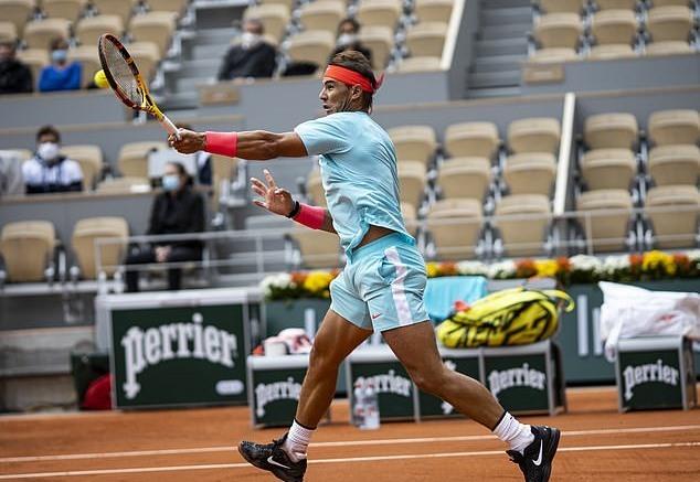 Roland Garros: Rafael Nadal 'tốc hành' vào vòng 3