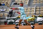 """Nadal """"tốc hành"""" vào tứ kết Roland Garros 2020"""