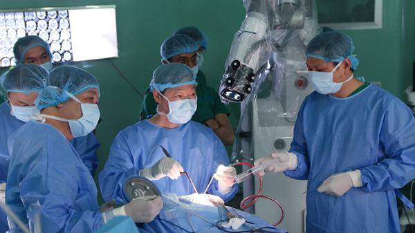 BV Nhân dân 115 trả lại robot phẫu thuật tổng giá trị 54 tỷ