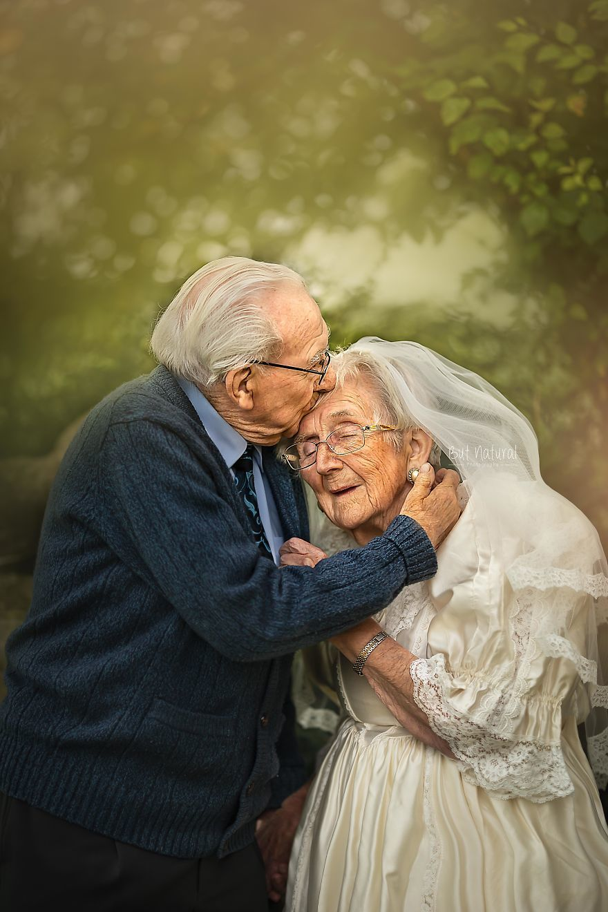 Bộ ảnh cưới xúc động khiến nhiều người tin vào tình yêu vĩnh cửu