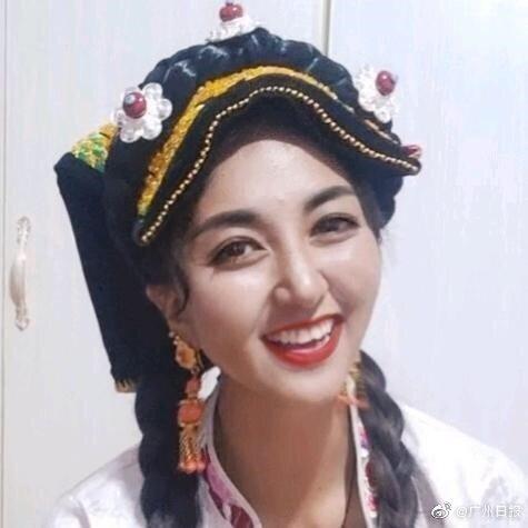 Nữ nghệ sĩ Trung Quốc qua đời tuổi 31 sau khi bị chồng cũ thiêu sống