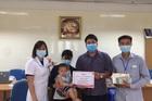 Trao gần 300 triệu đồng đến bé Nguyễn Viết Anh ung thư gan