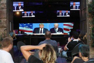 Lý do số người xem hiệp đầu Trump - Biden kém xa kỷ lục năm 2016