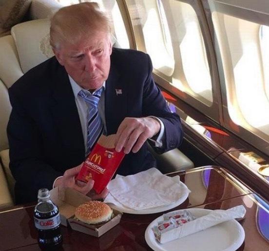 Ông Trump tiết lộ bí quyết để có mái tóc vàng đẹp nổi tiếng